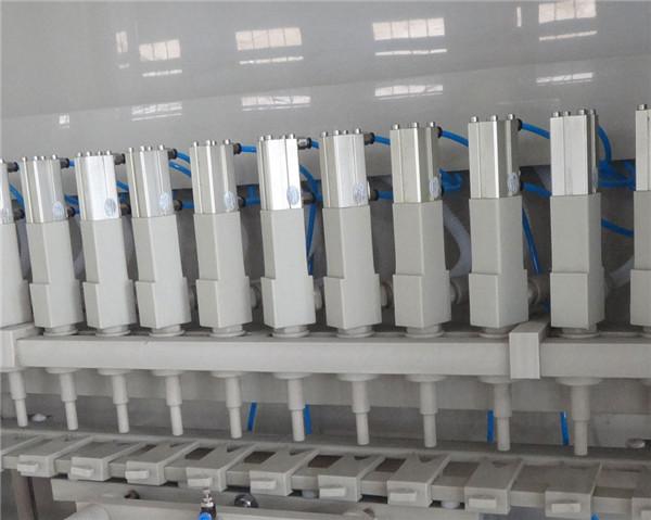 Детаљи машине за корозивно пуњење 16